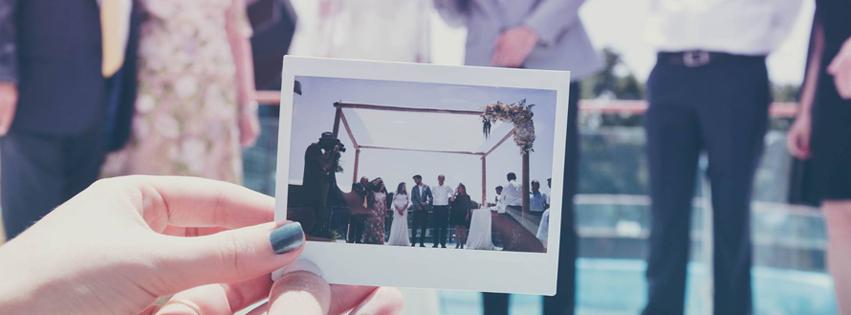 WedReviews - אטרקציות לחתונה, גימיקים לחתונה - pick up   צילום פולארויד לאירועים
