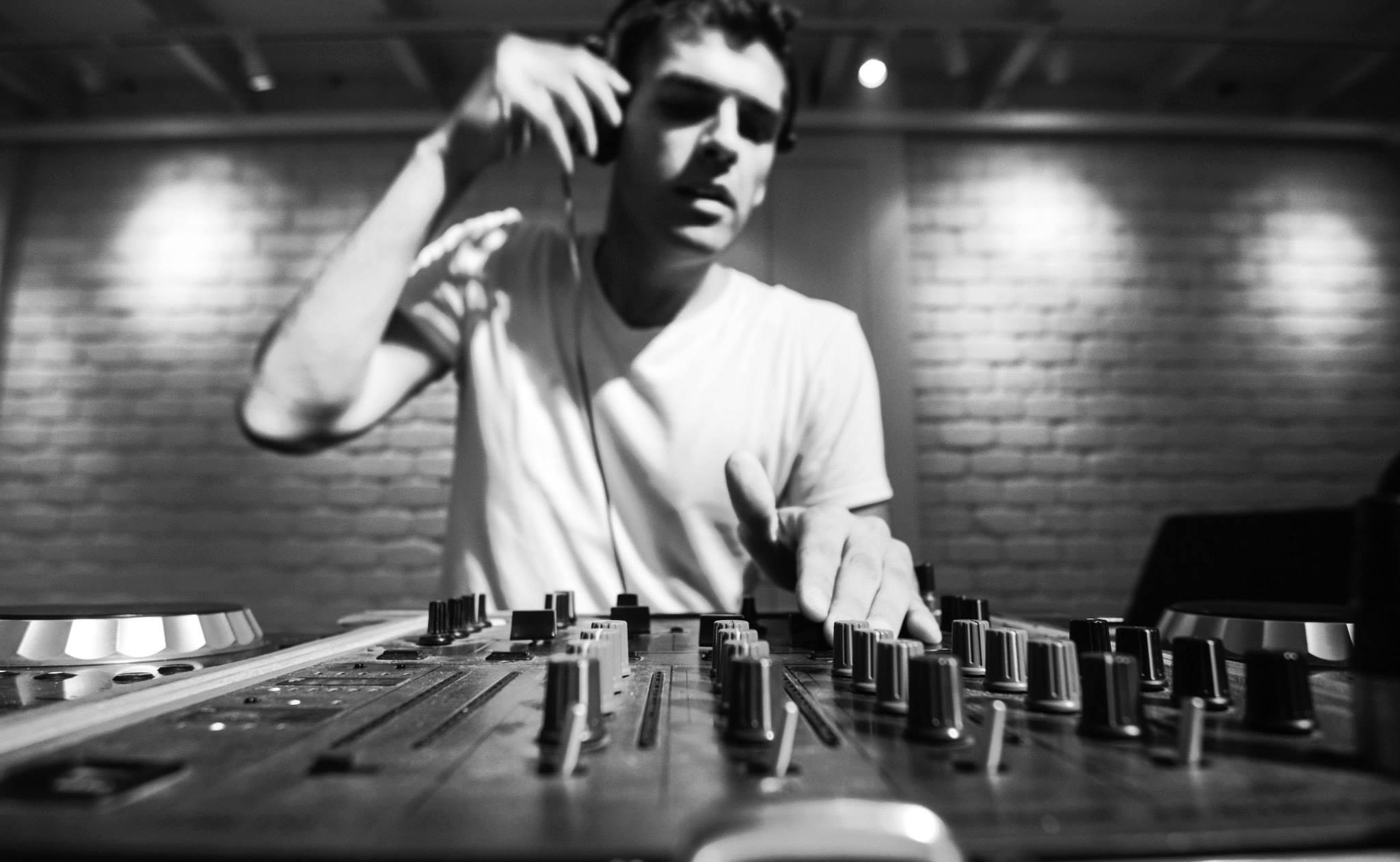 WedReviews - ברנע שירותי מוסיקה | Barnea Dj's